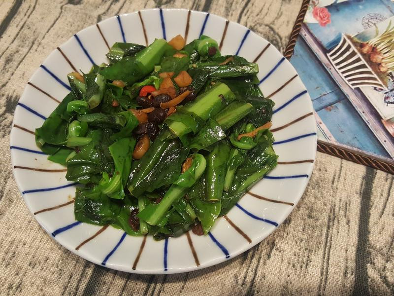 麻油豆豉炒山蘇