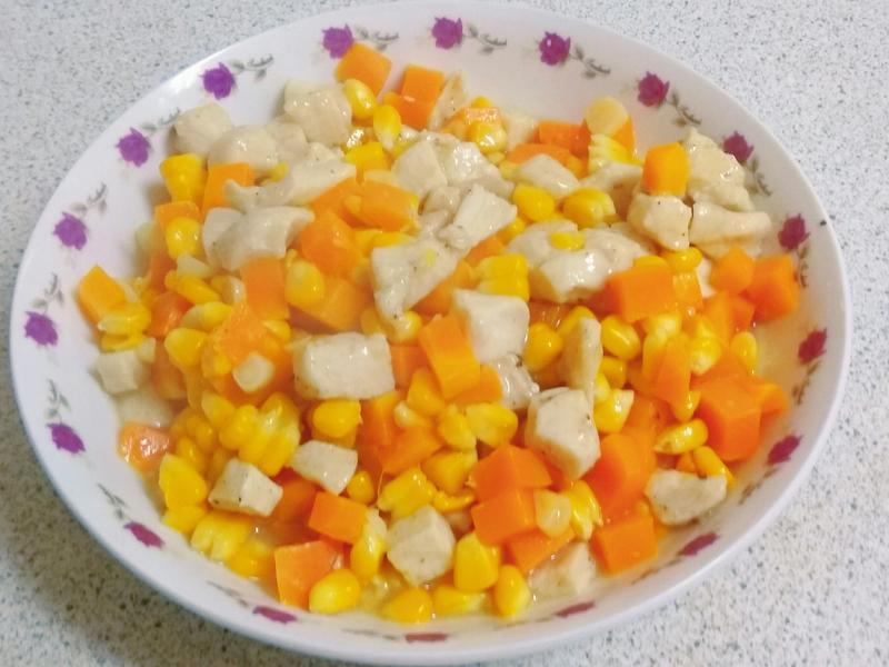 玉米三色丁
