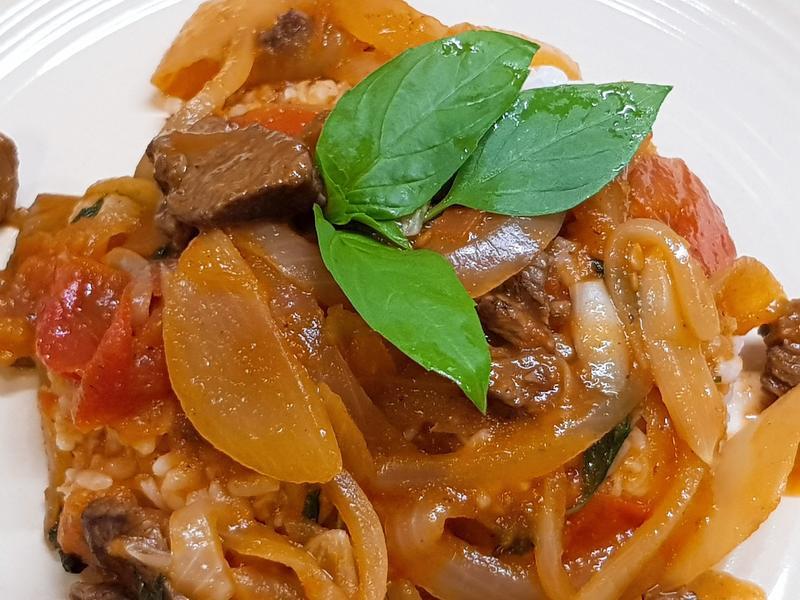 偽羅勒(九層塔)蕃茄牛肉飯