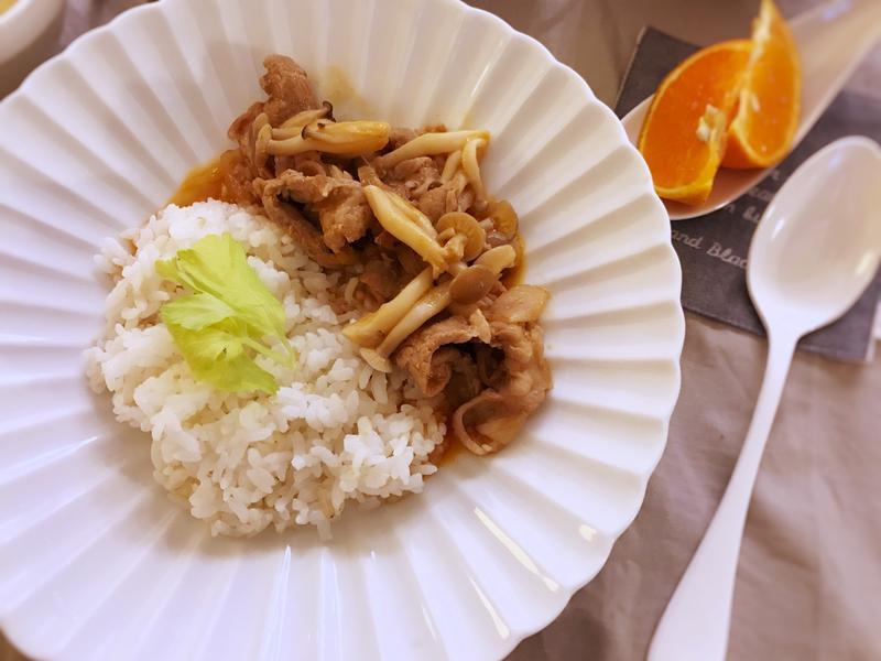 茄汁菇菇肉片燴飯(露營OK)