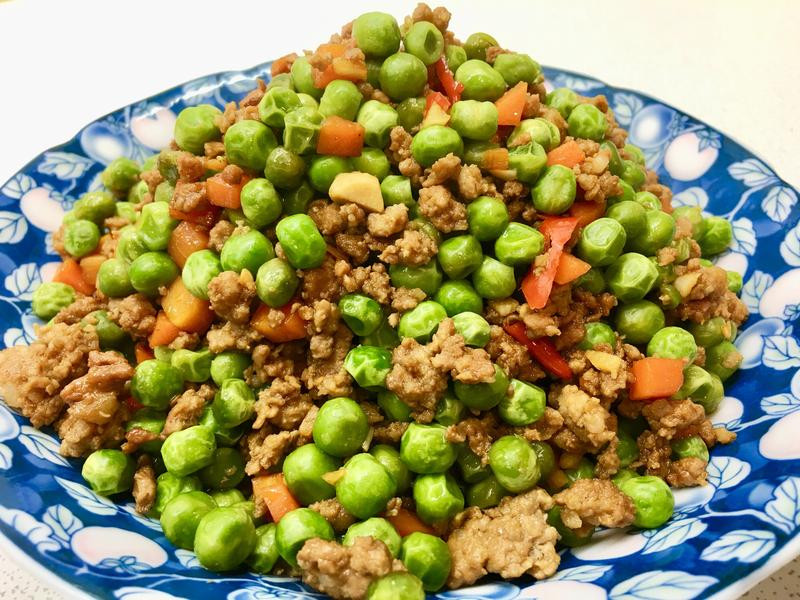 碗豆炒肉末