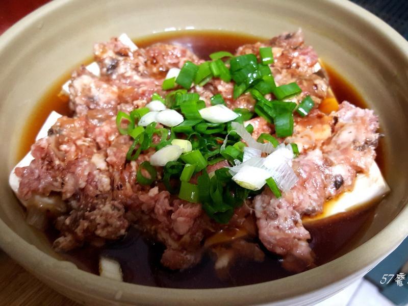 蒸豆腐肉餅