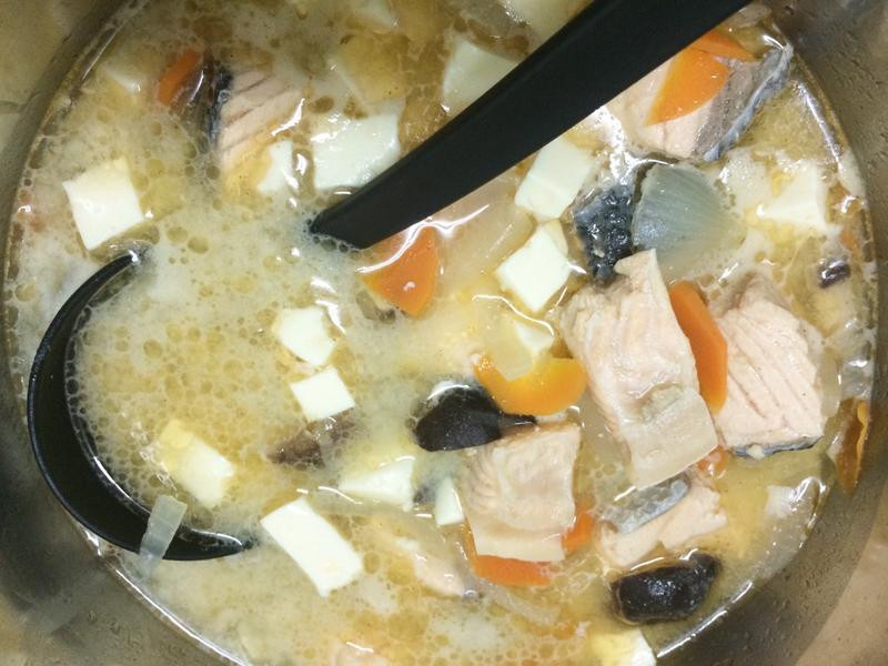 家的味道♥鮭魚味噌湯