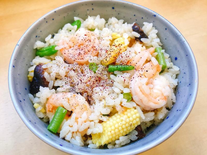 紫蘇風味鮮蝦什蔬炊飯