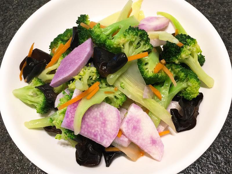 紫山藥炒花椰菜~全素