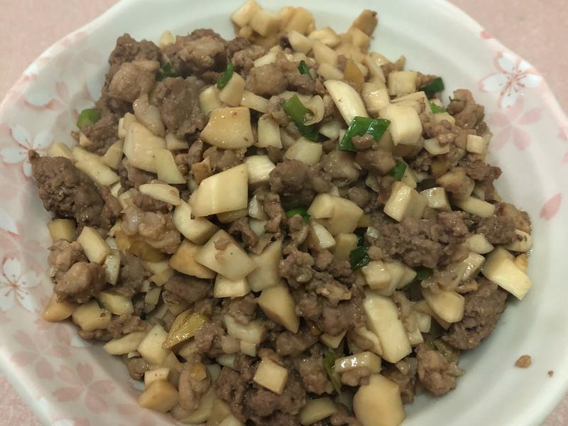 杏鮑菇炒肉末