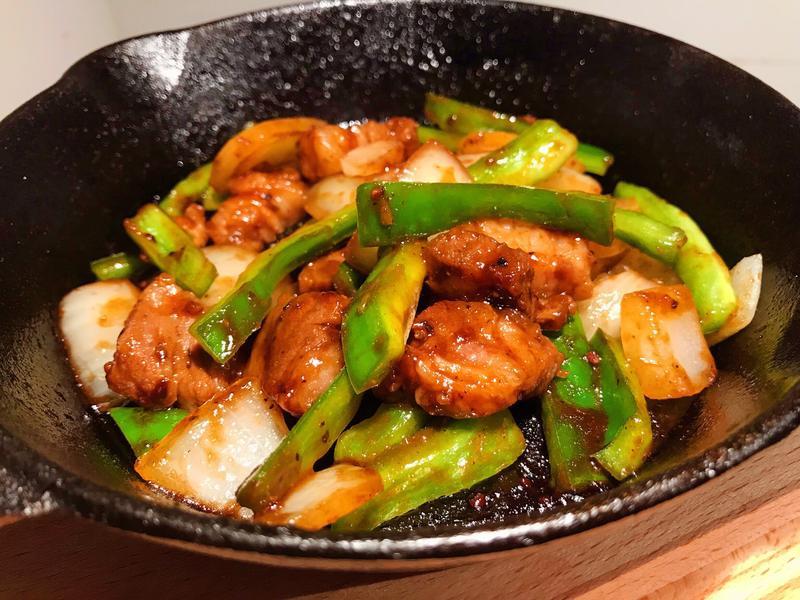 [5分鐘]黑胡椒鐵板牛肉快炒