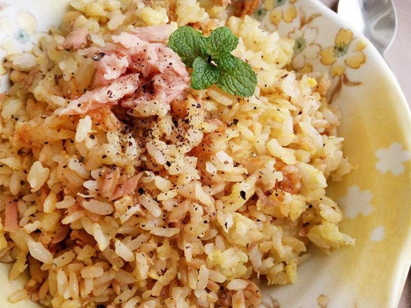 鮪魚蛋炒飯〞新手不敗料理