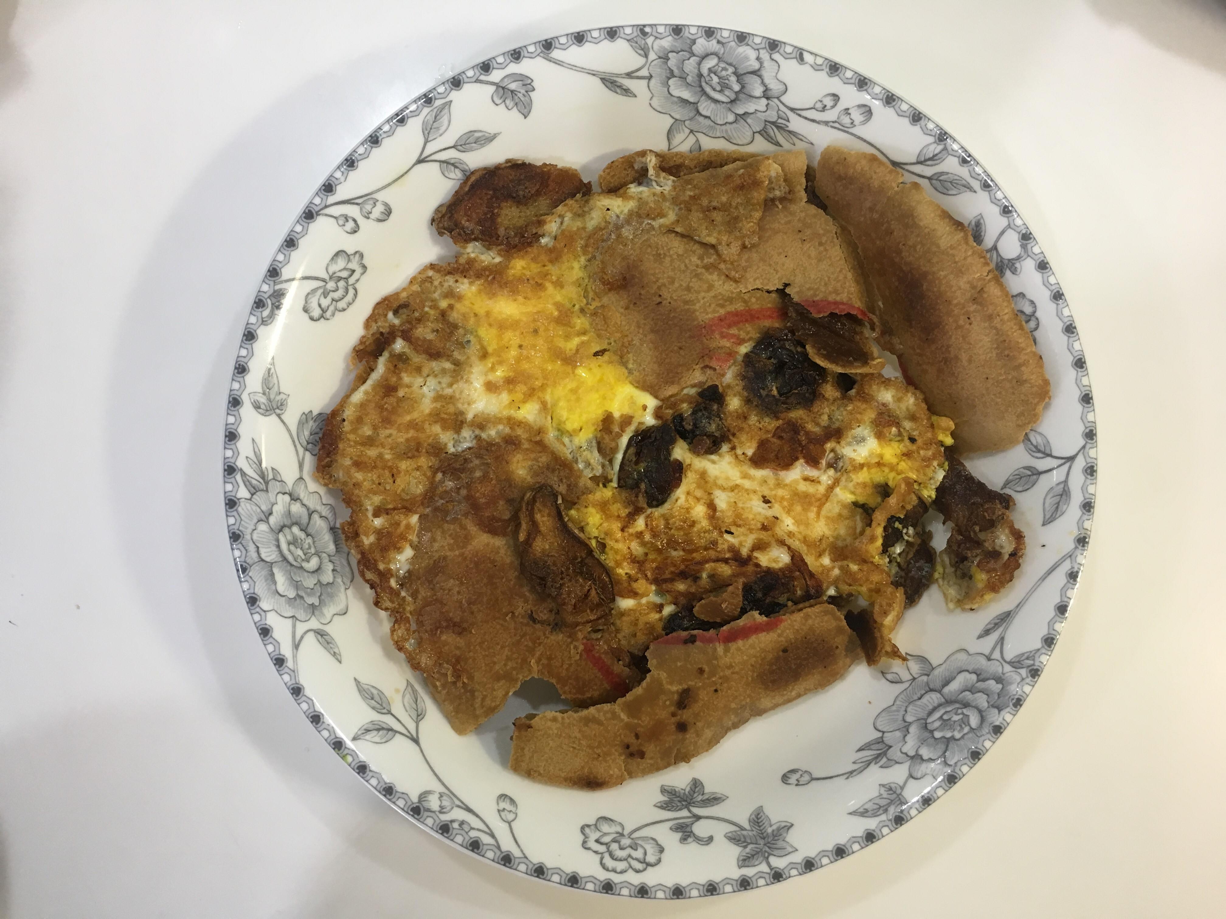 麻油蛋煎香餅(椪餅)佐龍眼乾