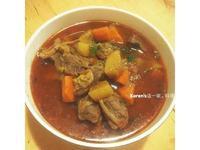 紅燒牛腩 (牛肉麵)