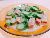 黑胡椒小黃瓜炒素肉