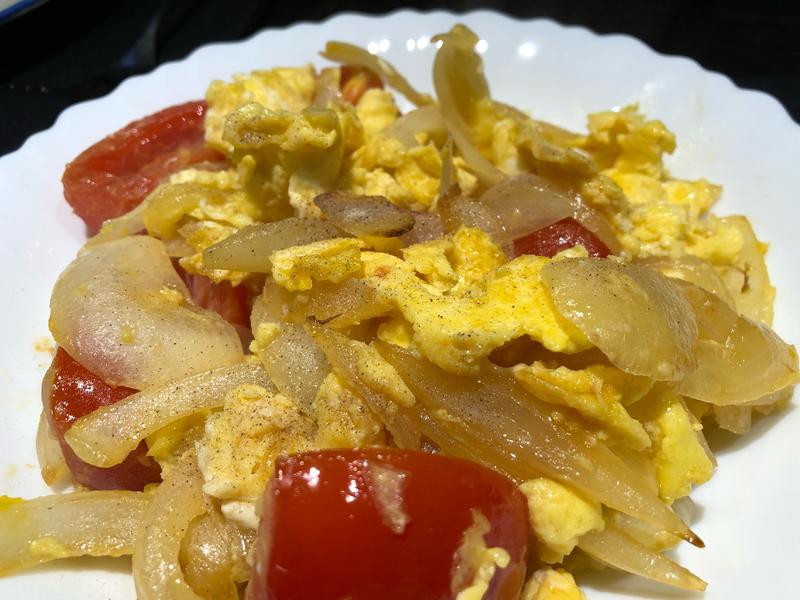 CDE 番茄洋蔥炒蛋(零失敗)