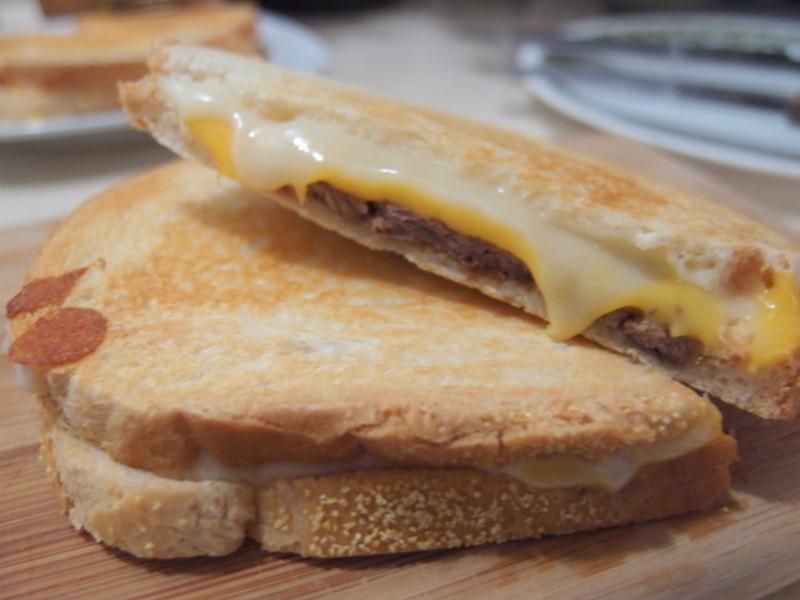 『Take a bread!創意三明治、麵包早餐』~牛肉帕尼尼