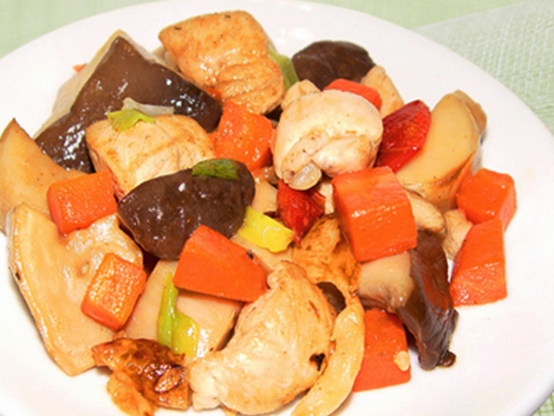 【厚生廚房】蒜香杏鮑菇雞塊