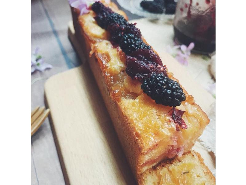 鳯梨桑椹蘋果醬蛋糕