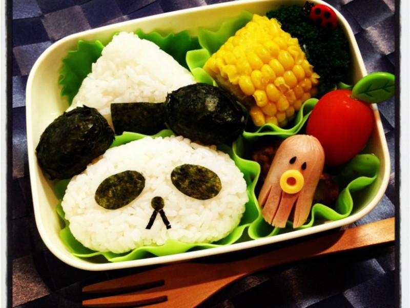 【亲子食堂】如何制作熊猫饭团?