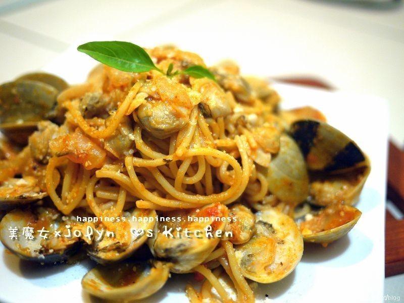 ♫【西西里蕃茄蛤蜊義大利麵】~蛤蜊多醬汁濃