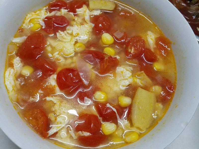 玉米番茄汤