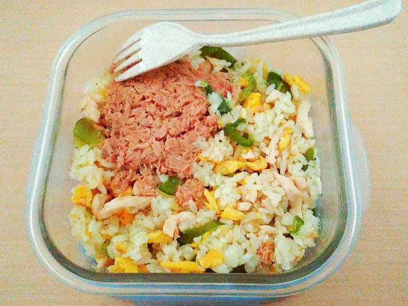 [簡易食譜]一鍋到底-青椒肉絲蛋炒飯
