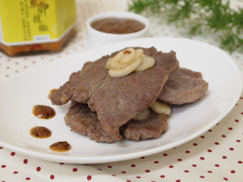 【七夕幸福料理】魚卵蒜香牛排