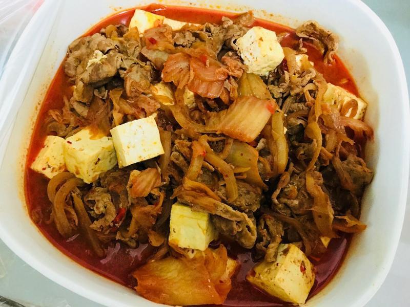 歐爸愛的:韓式泡菜豬肉燴豆腐