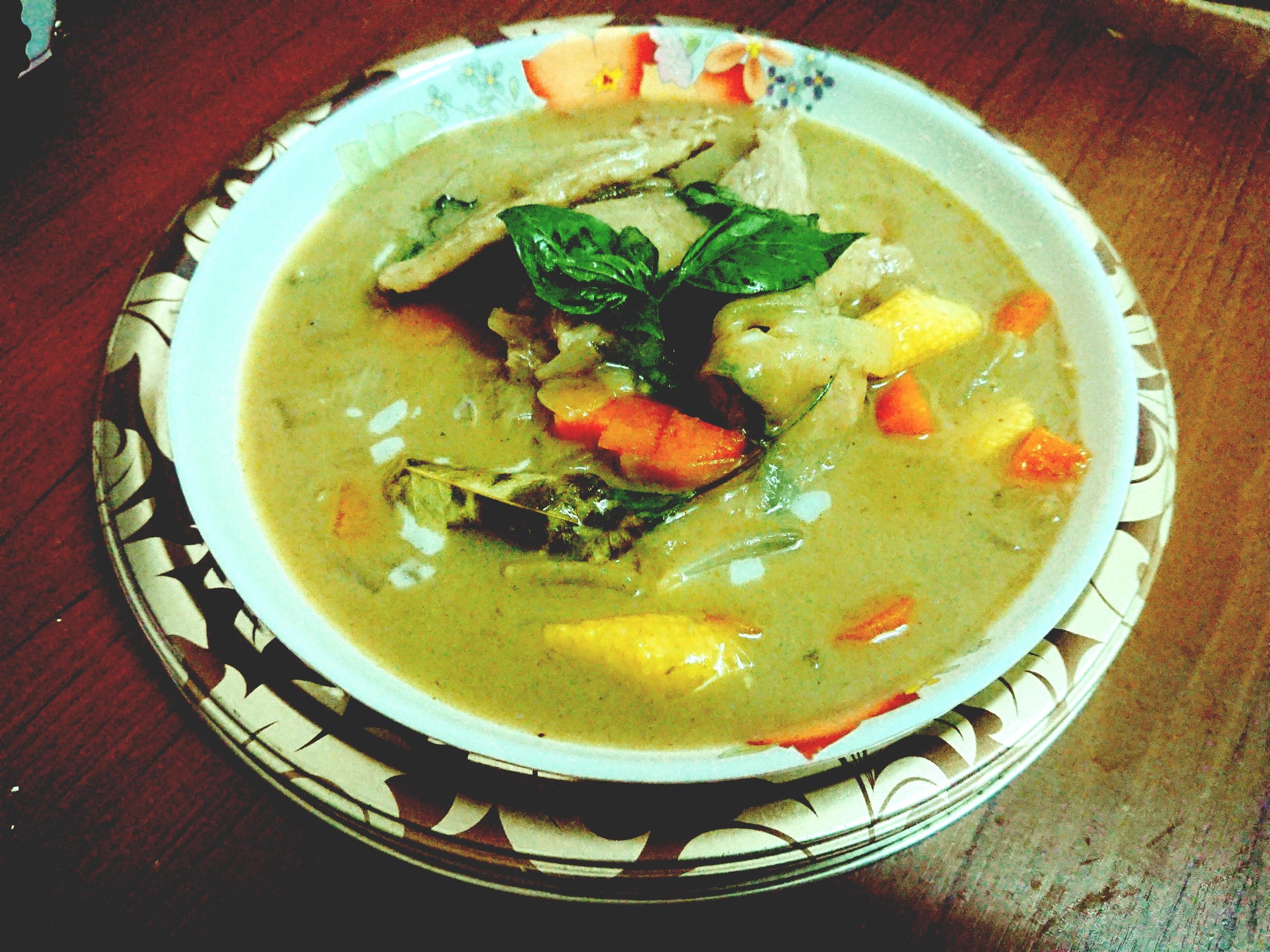 泰式綠咖哩(二緣肉)