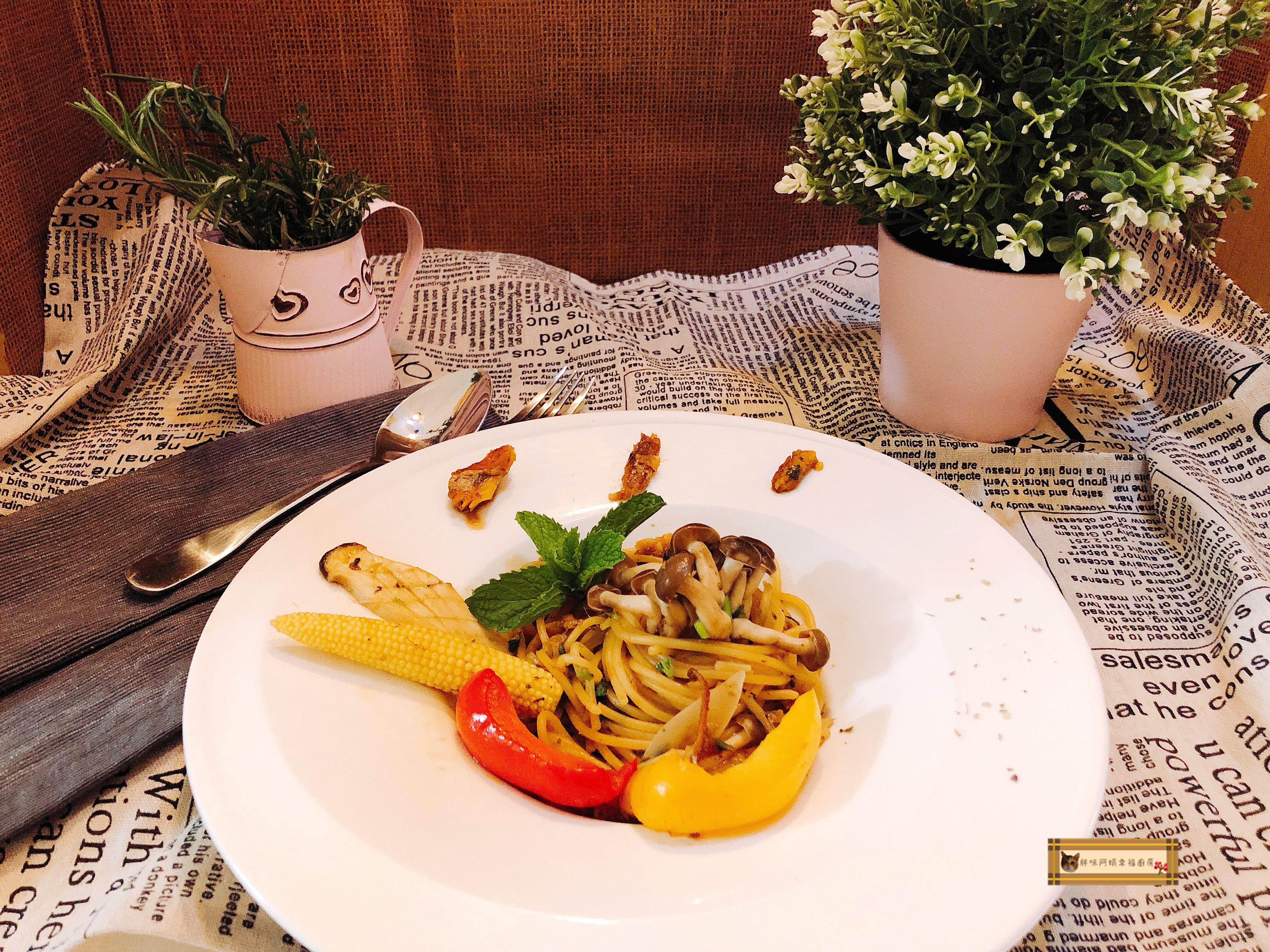 鯷魚紅燒鰻義大利麵