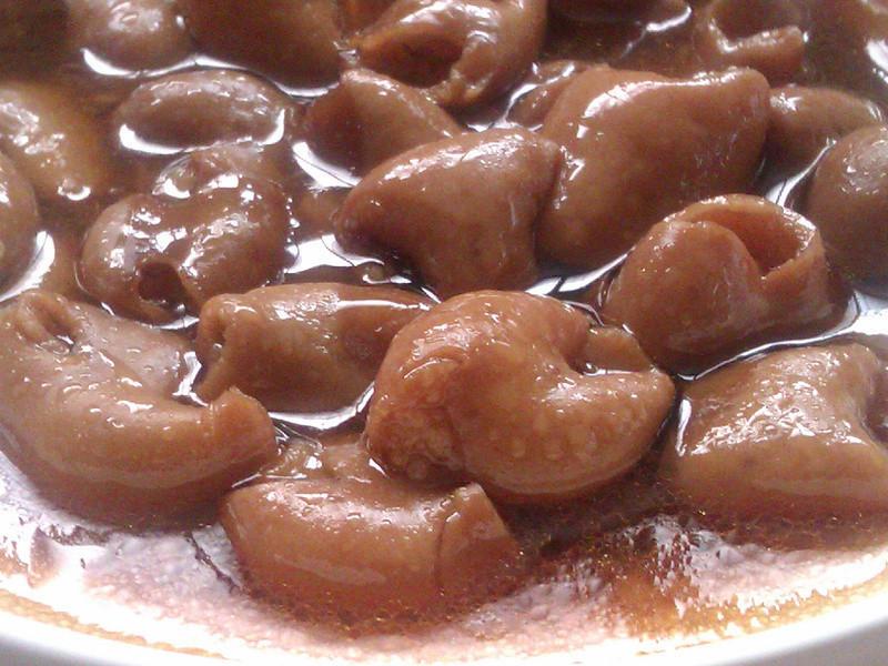 麻油黑糖煸肥腸