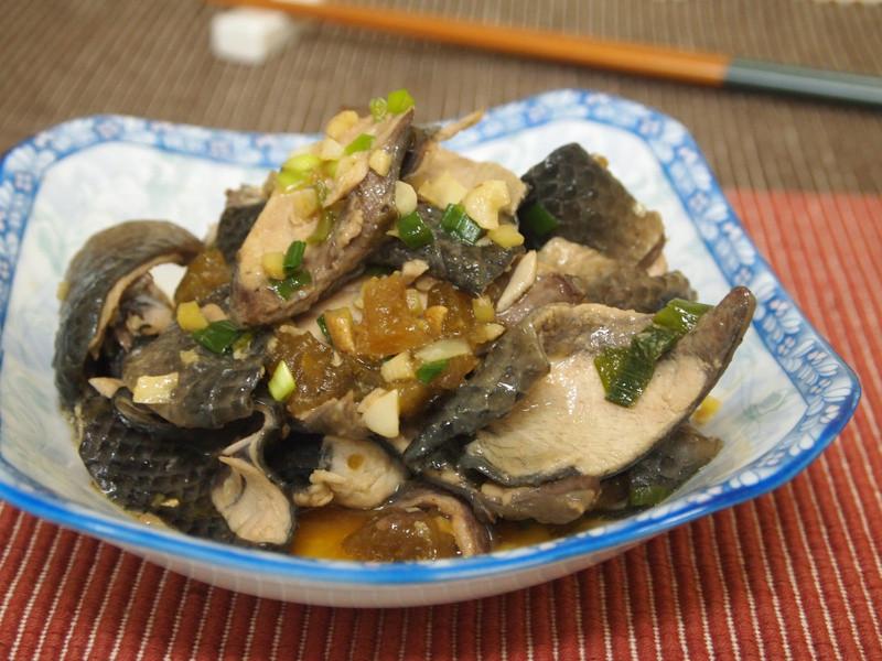 醬瓜燒魚皮