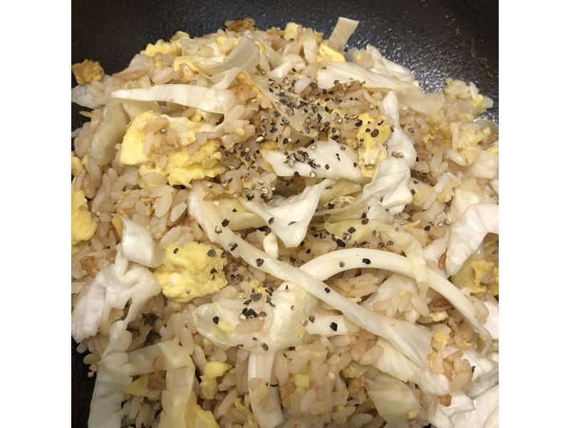 高麗菜蛋炒飯