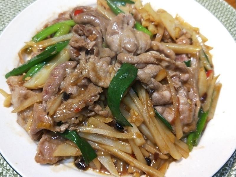 辣炒馬鈴薯梅花豬肉片