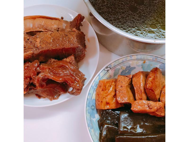 陳年滷汁滷牛肉