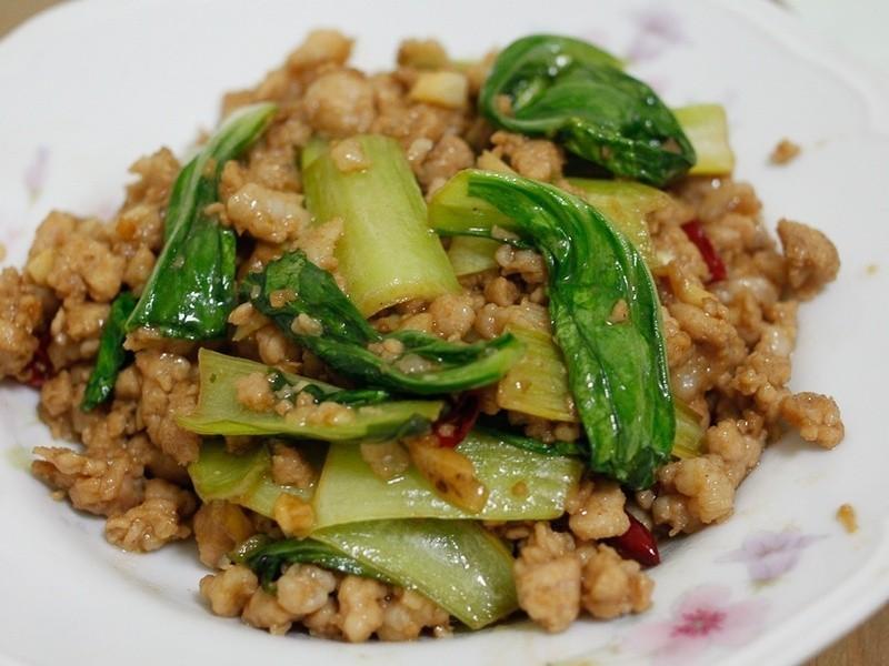 肉燥青江菜