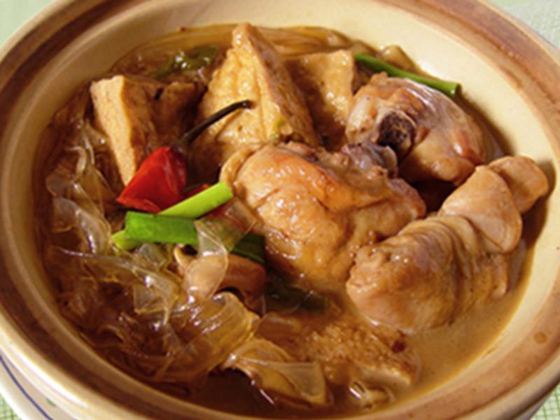 【厚生廚房】砂鍋油豆腐雞