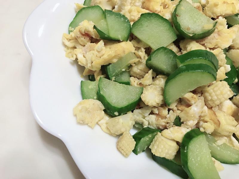 小黃瓜玉米筍炒蛋