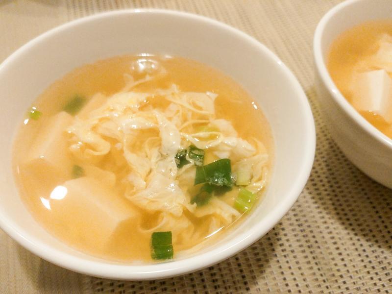 十分鐘搞定 ♪ 日式豆腐蛋花湯