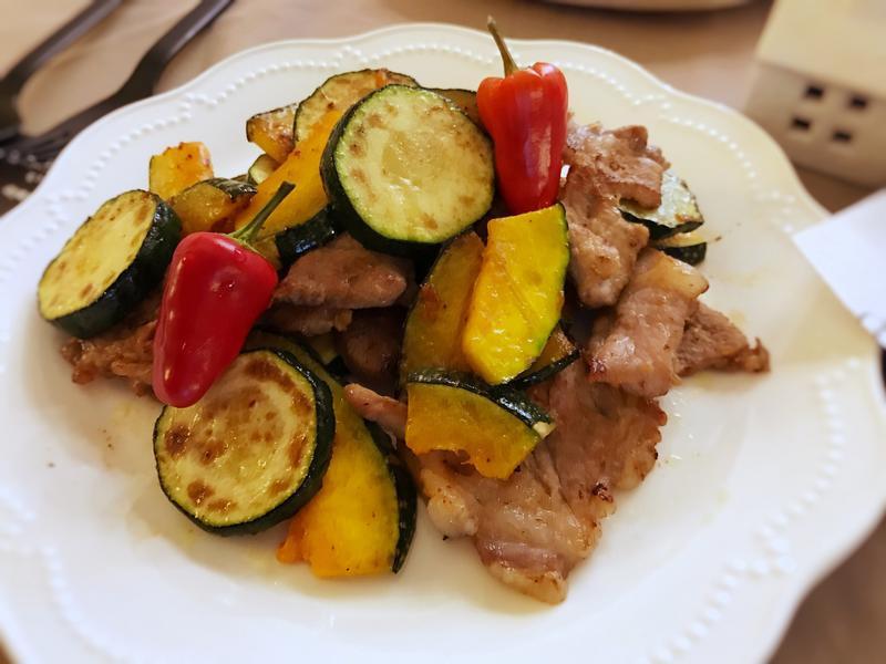 鹽麴肉片炒野菜