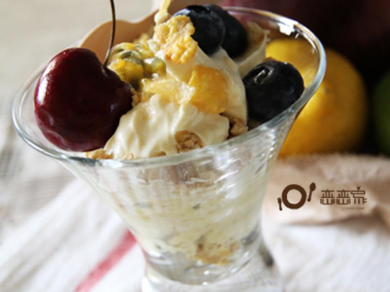 蜂蜜乳酪淋綜合堅果水果燕麥by戀戀家