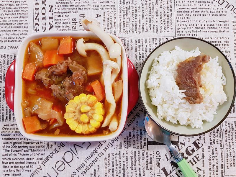 紅燒牛筋湯 牛肉燴飯