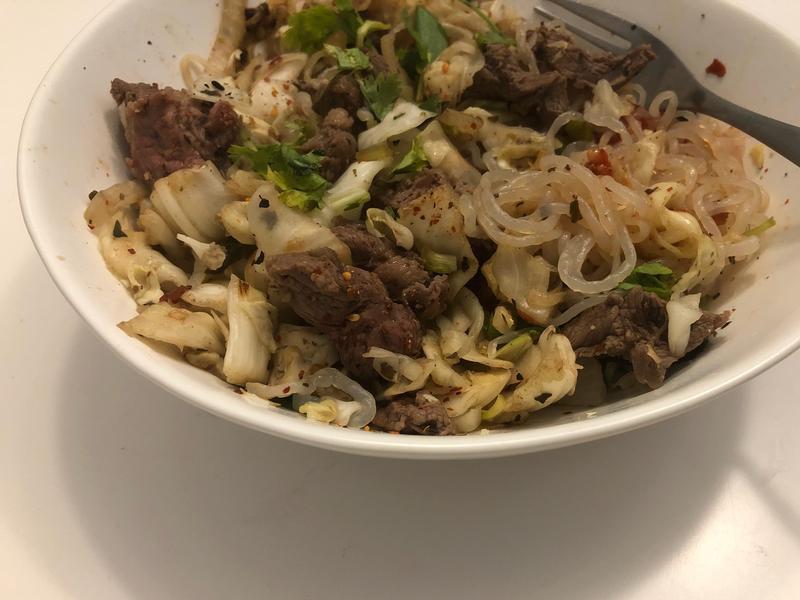高蛋白 低卡減脂 |泰式牛腱肉蒟蒻麵