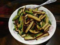 小黃瓜炒五香豆干