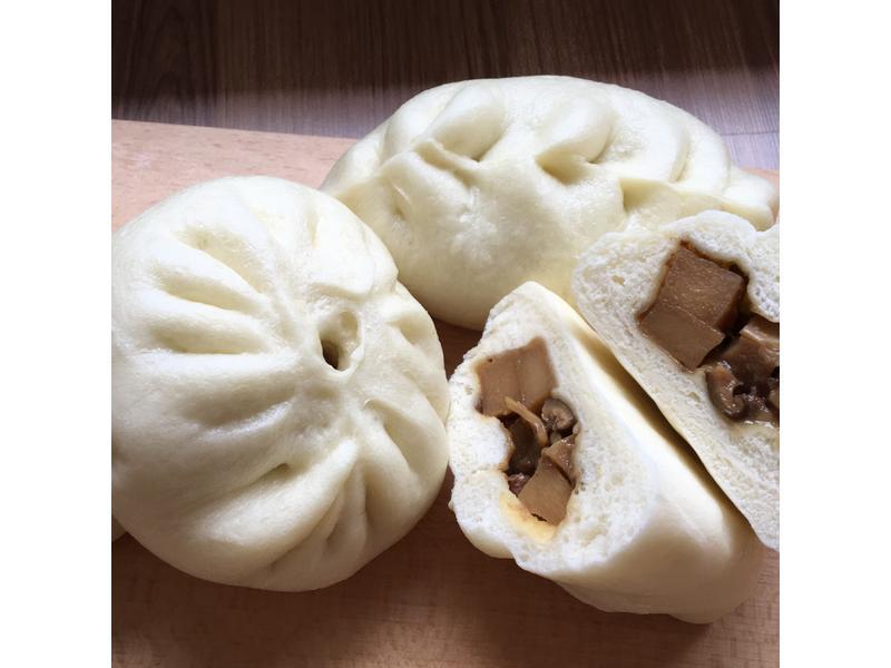 烏殼綠竹筍香菇包子