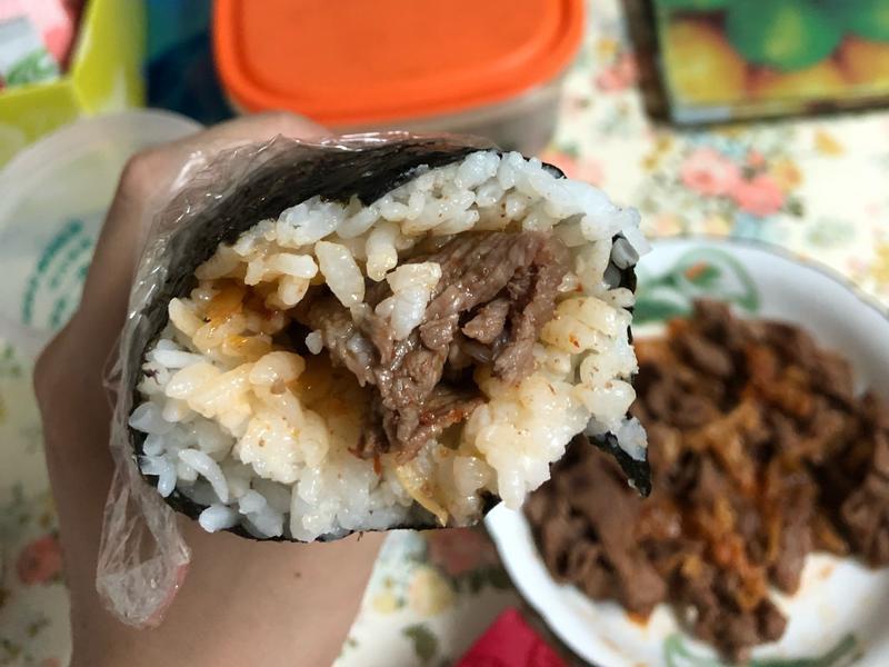 泡菜牛肉飯捲