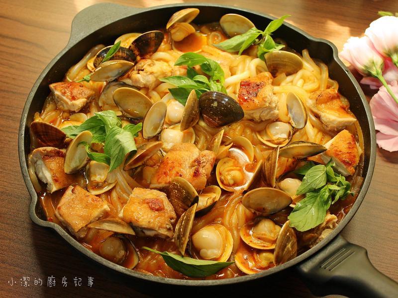 嫩雞鮮蛤炒米苔目