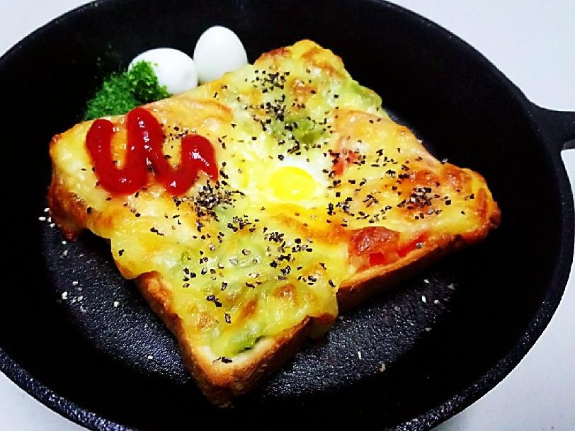 焗烤吐司鳥蛋燒(蛋奶素)