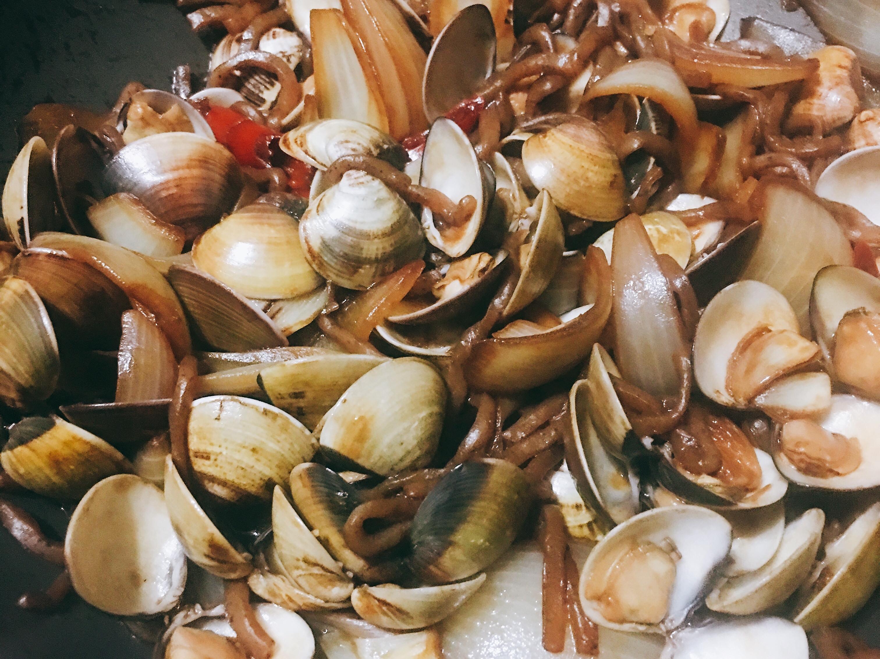 洋蔥蛤蜊蒟蒻麵