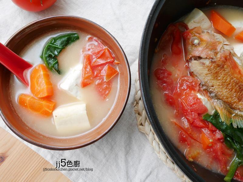 番茄豆腐魚湯【銅板湯品】