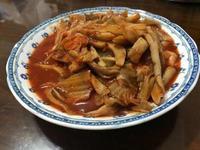 超下飯~泡菜辣炒鲍魚菇
