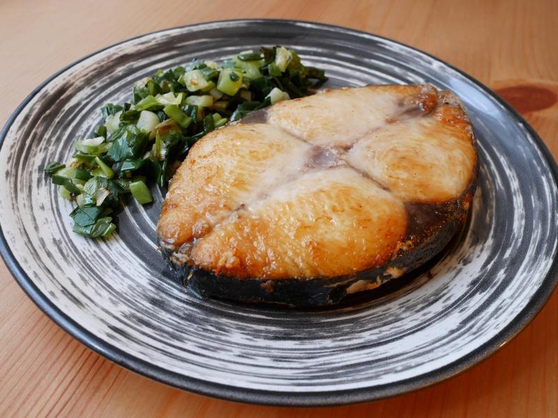 蔥油煎土魠魚(5分鐘上菜)