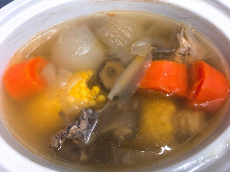 寶寶蔬果雞骨高湯(燉鍋版)